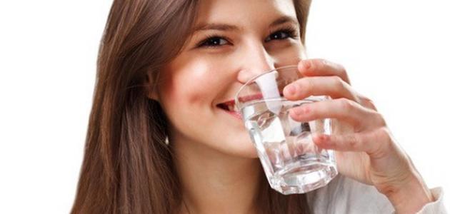 صورة ماهي فوائد شرب الماء على الريق , فوائد الماء للجسم في الصباح قبل الافطار