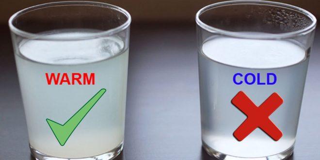 صورة فوائد الماء الدافئ على الريق , تاثير الماء الدافئ علي الريق علي صحة الانسان