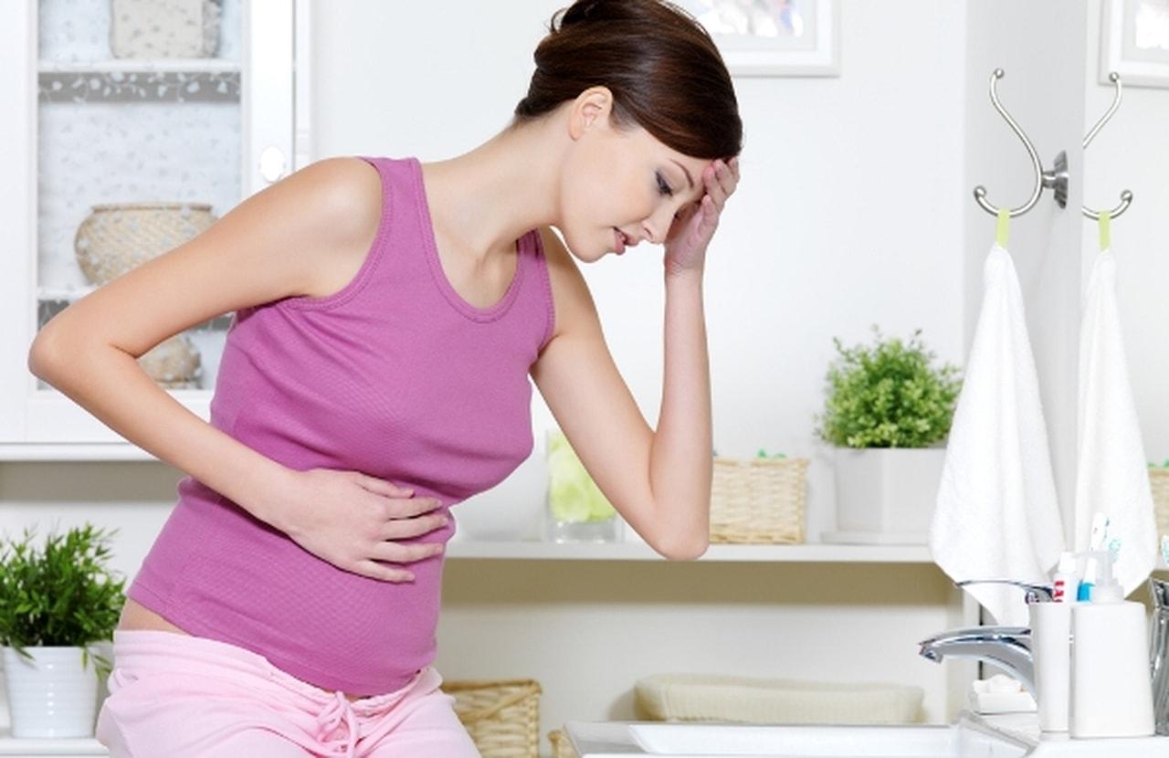 صورة الم الحلمتين من اعراض الحمل , اعراض وعلامات مهمه تحدث للمراه الحامل