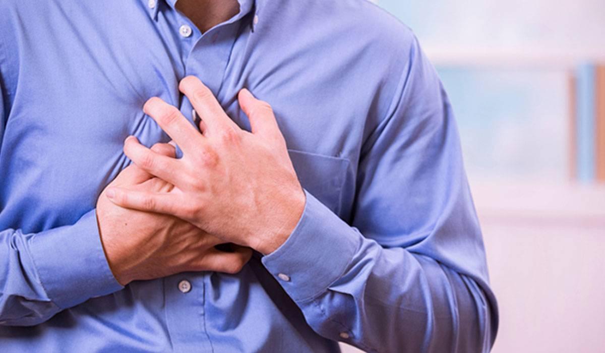 صورة الم مكان القلب , ما سبب الشعور بالالم في القلب