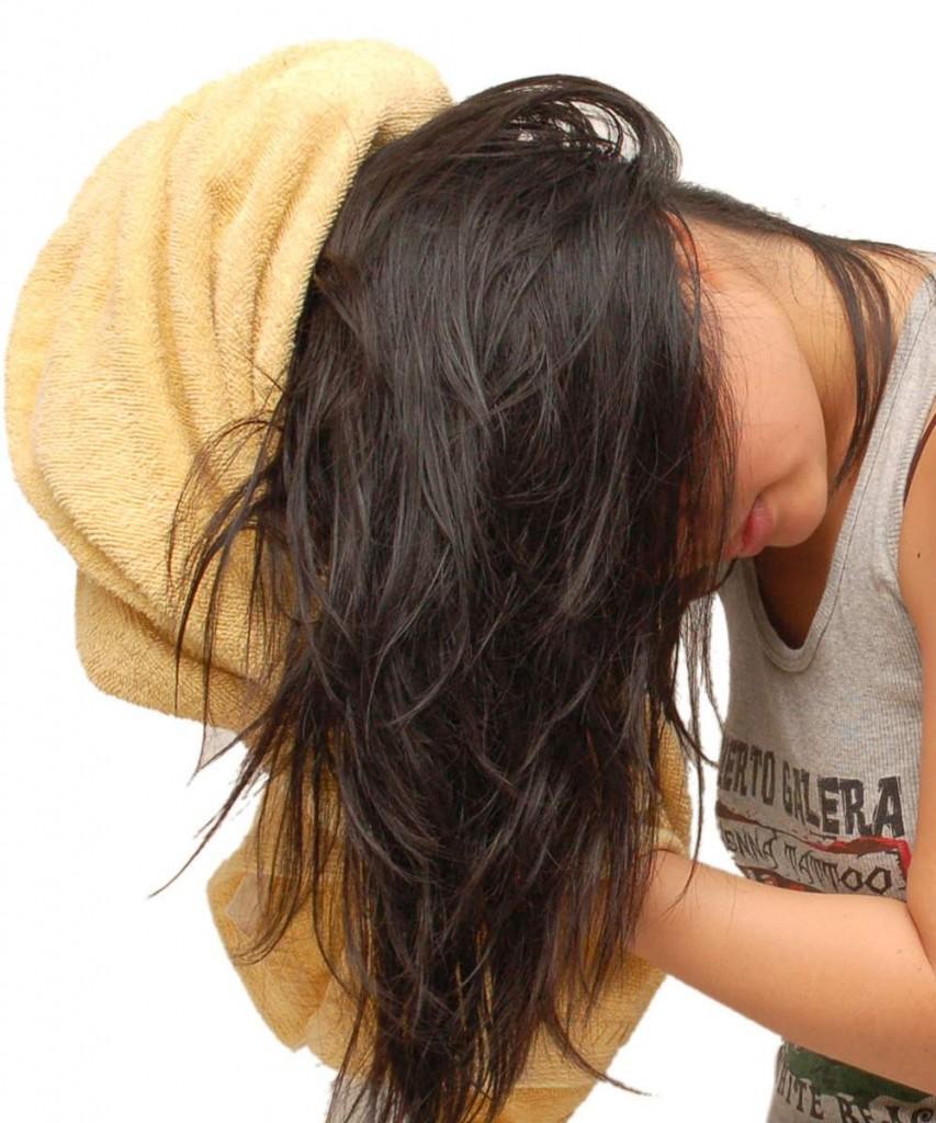 صورة تنشيف الشعر بعد الاستحمام , خطواط سهله لتنشيف الشعر