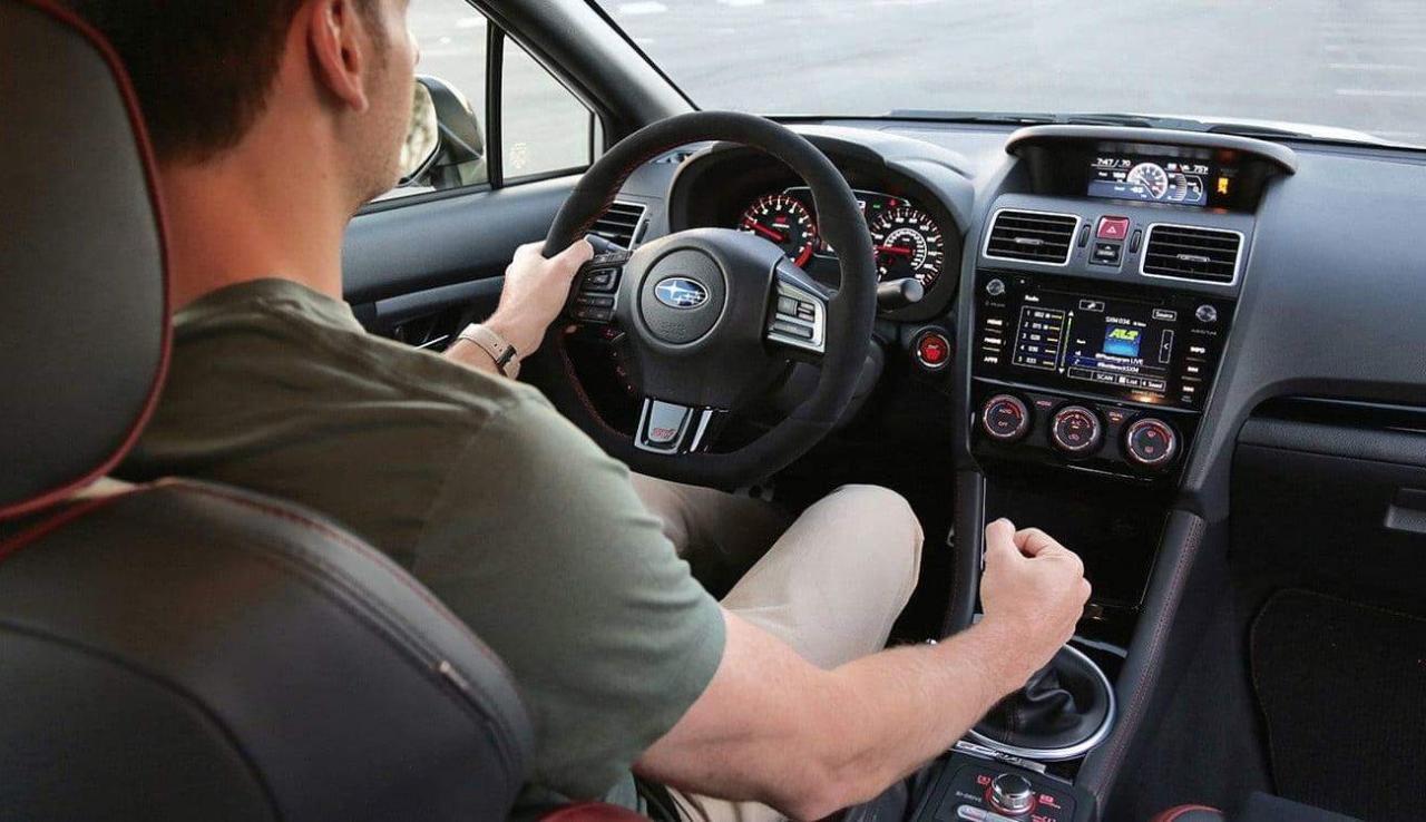 صورة تفسير رؤية قيادة السيارة في المنام , توضيح حلم سواقه العربيه