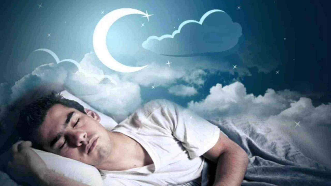 صورة تفسير حلم رؤية ميت في المنام , تفاصيل رؤيه الميت في احلامنا