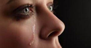 صورة البكاء للمراة في المنام , تعرف على تفسير البكاء في الحلم للمراة
