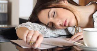 هل تنام كثيرا ولا تعرف السبب اقرا النصائح  , التخلص من النوم الكثير والخمول