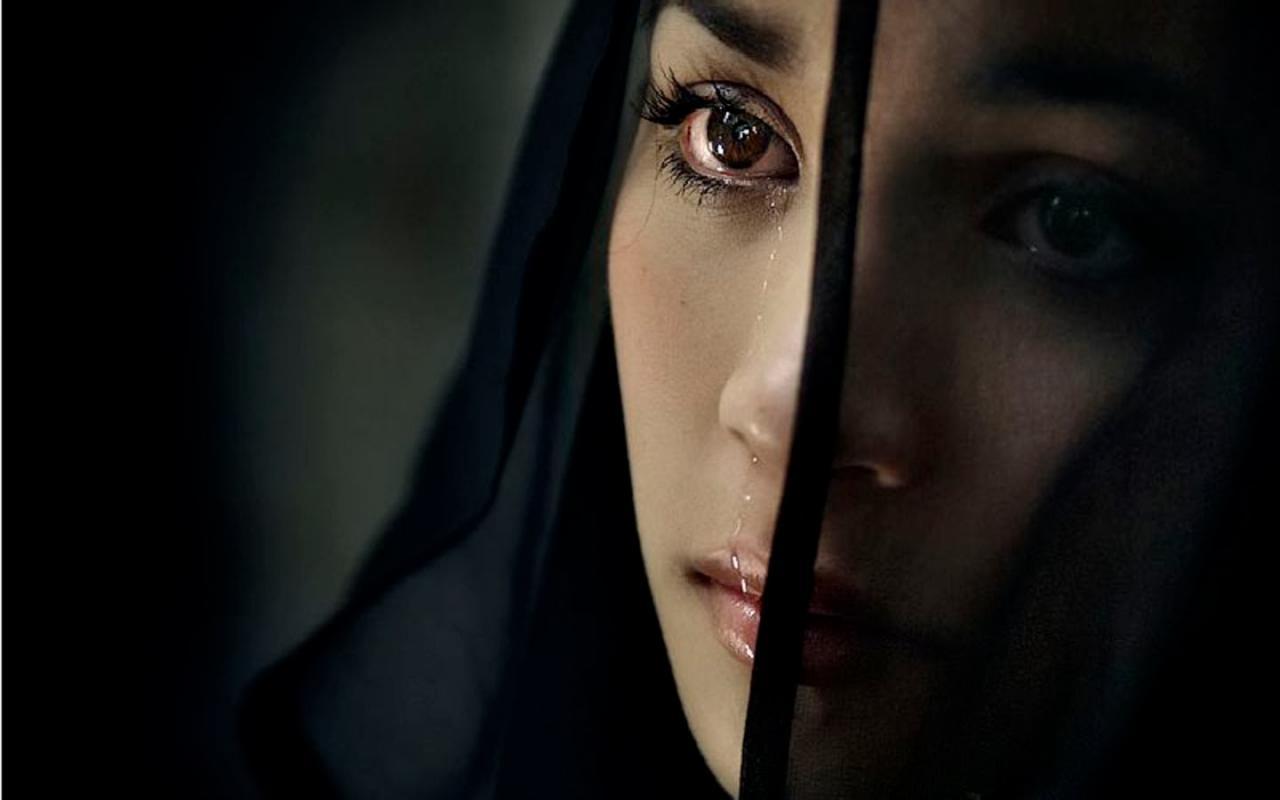 صورة ضعي صورة بنت حزينة علي الفيس بوك , صور محجبات حزينه